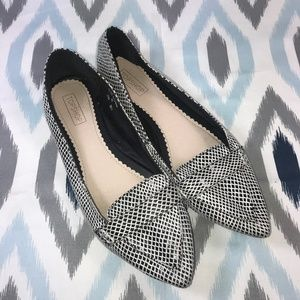 Topshop Black & White Pointed Toe Slip-On Flats